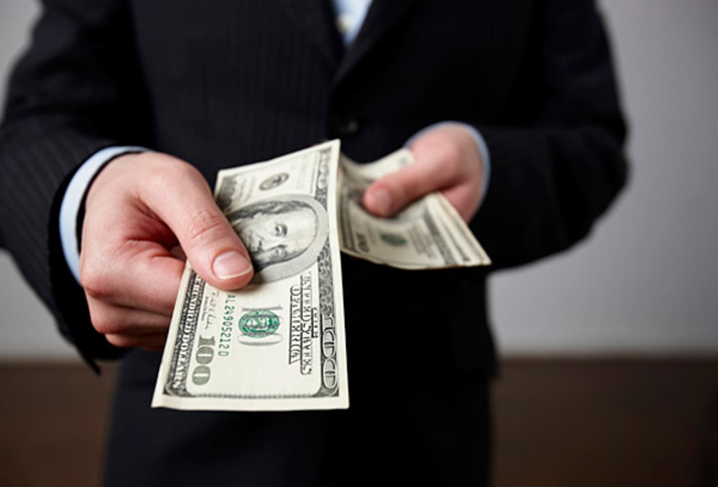 CNBC-last-minute-gifts-make-debt.jpg