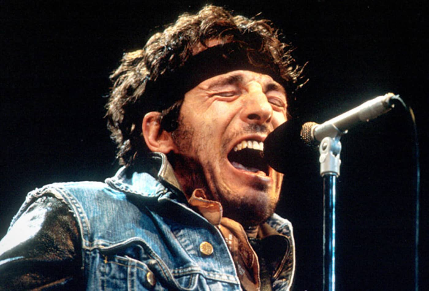 bruce-springsteen-voice.jpg