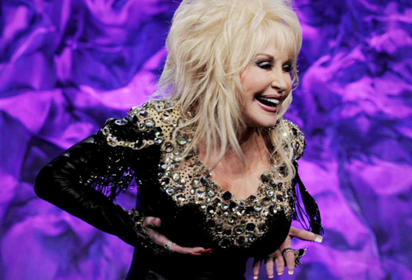 dolly-parton-breast.jpg