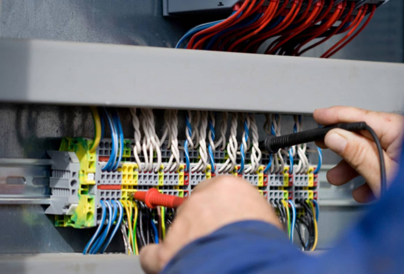 electrical-technician.jpg