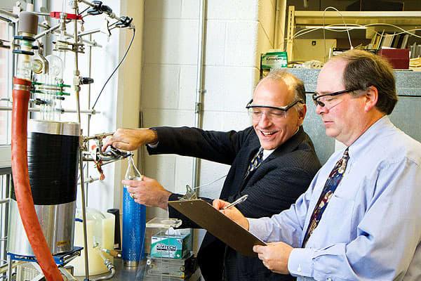 Biochemical-Engineer-21st-Century-Jobs-CNBC.jpg