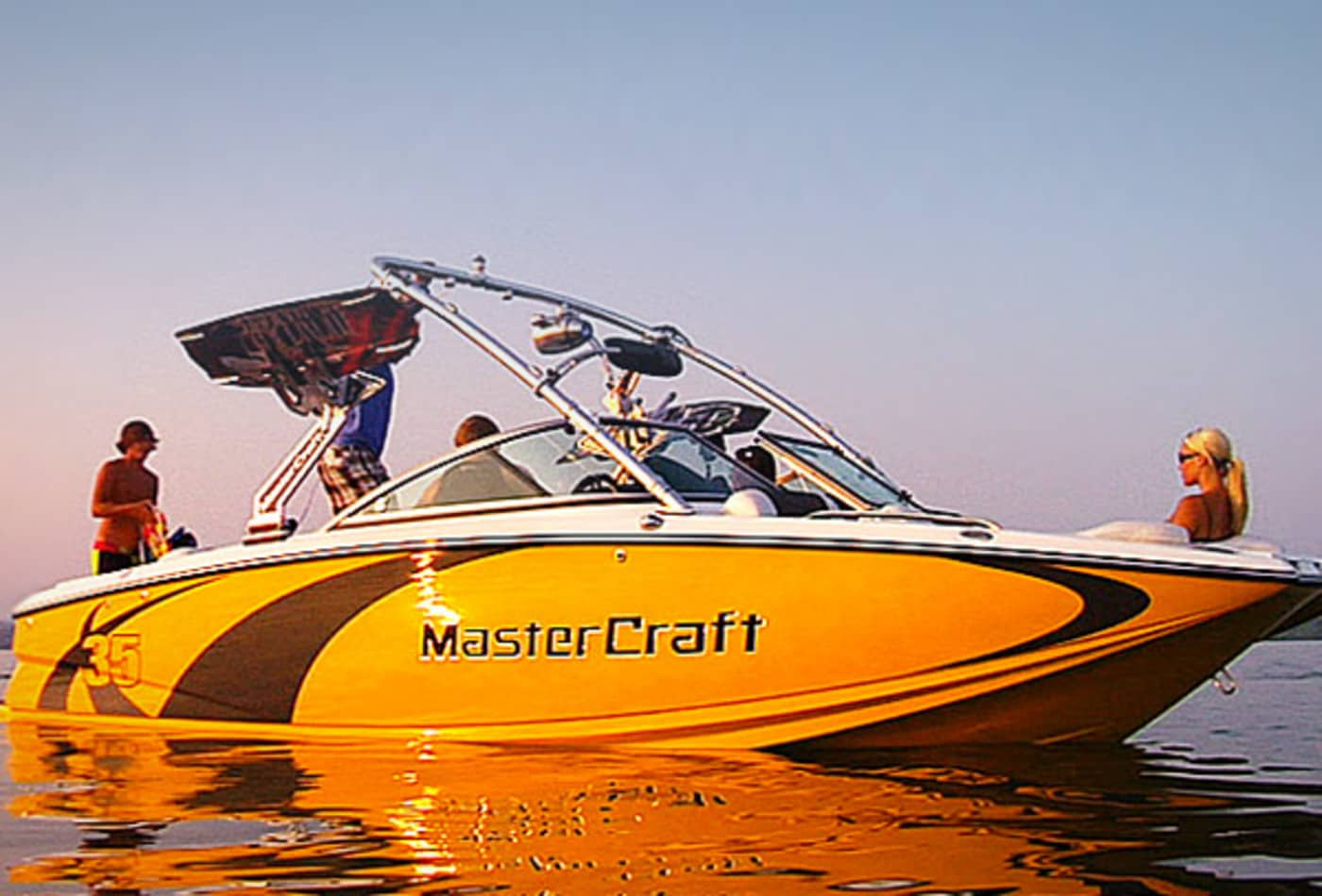 Scenes-from-2012-boat-show-mastercraft.jpg