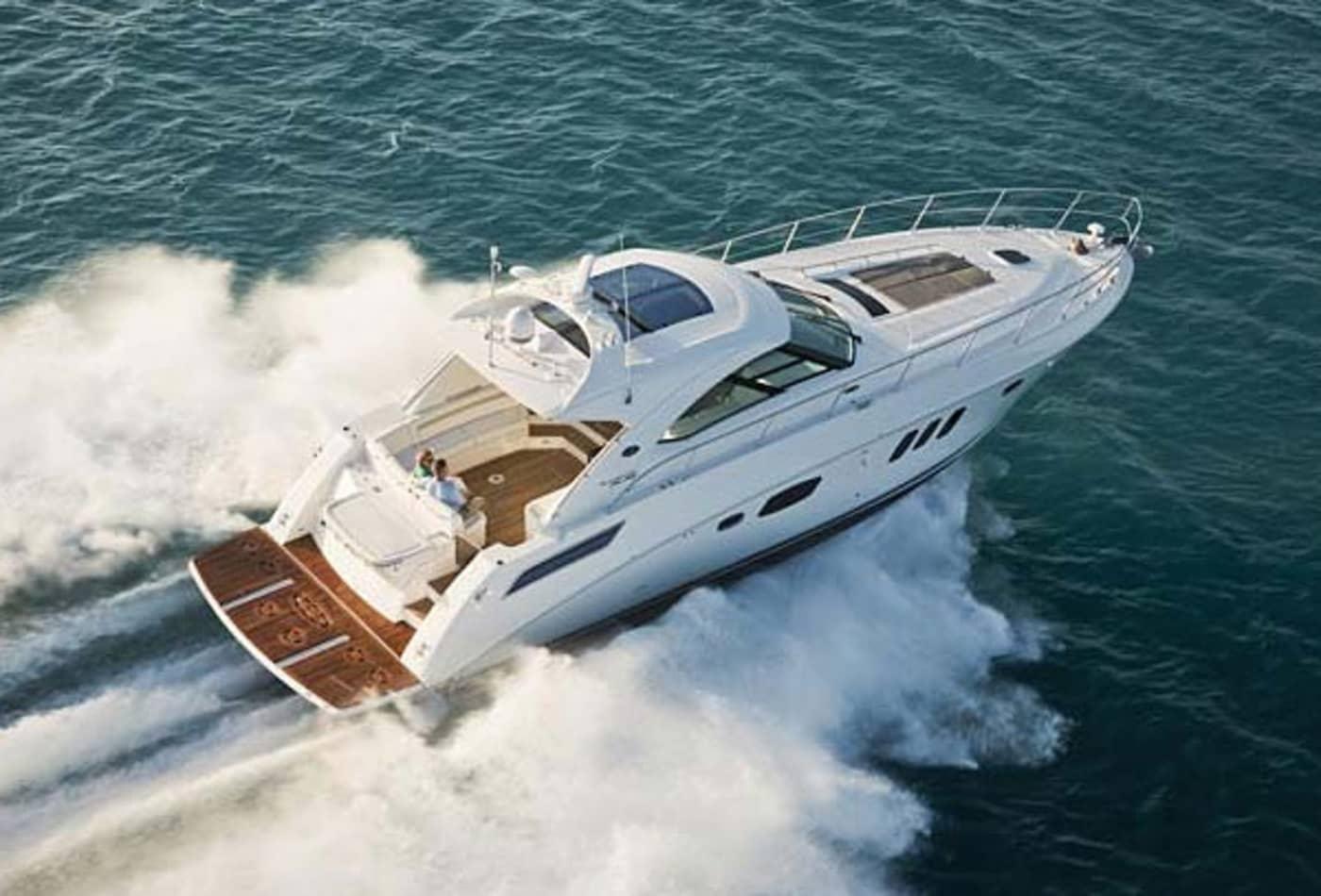 Scenes-from-2012-boat-show-searay540.jpg