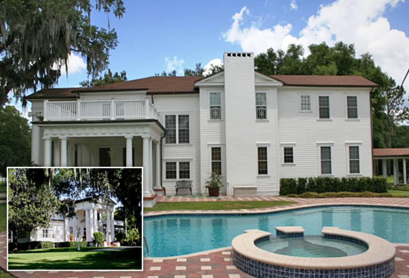 Tammy-Wynett-George-Jones-Romantic-Luxury-Homes.jpg