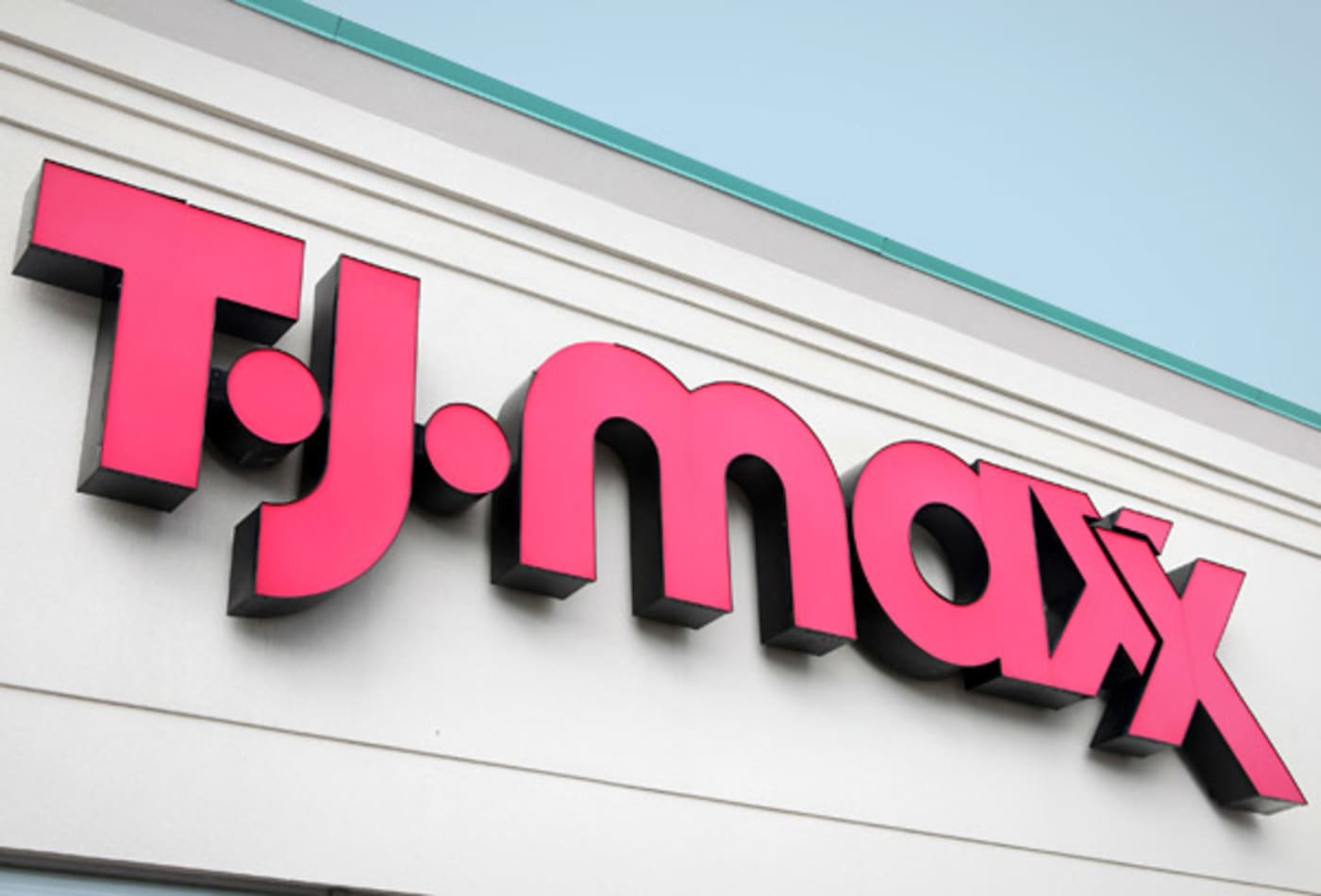 fashion_week_stocks_2012-tj-maxx.jpg