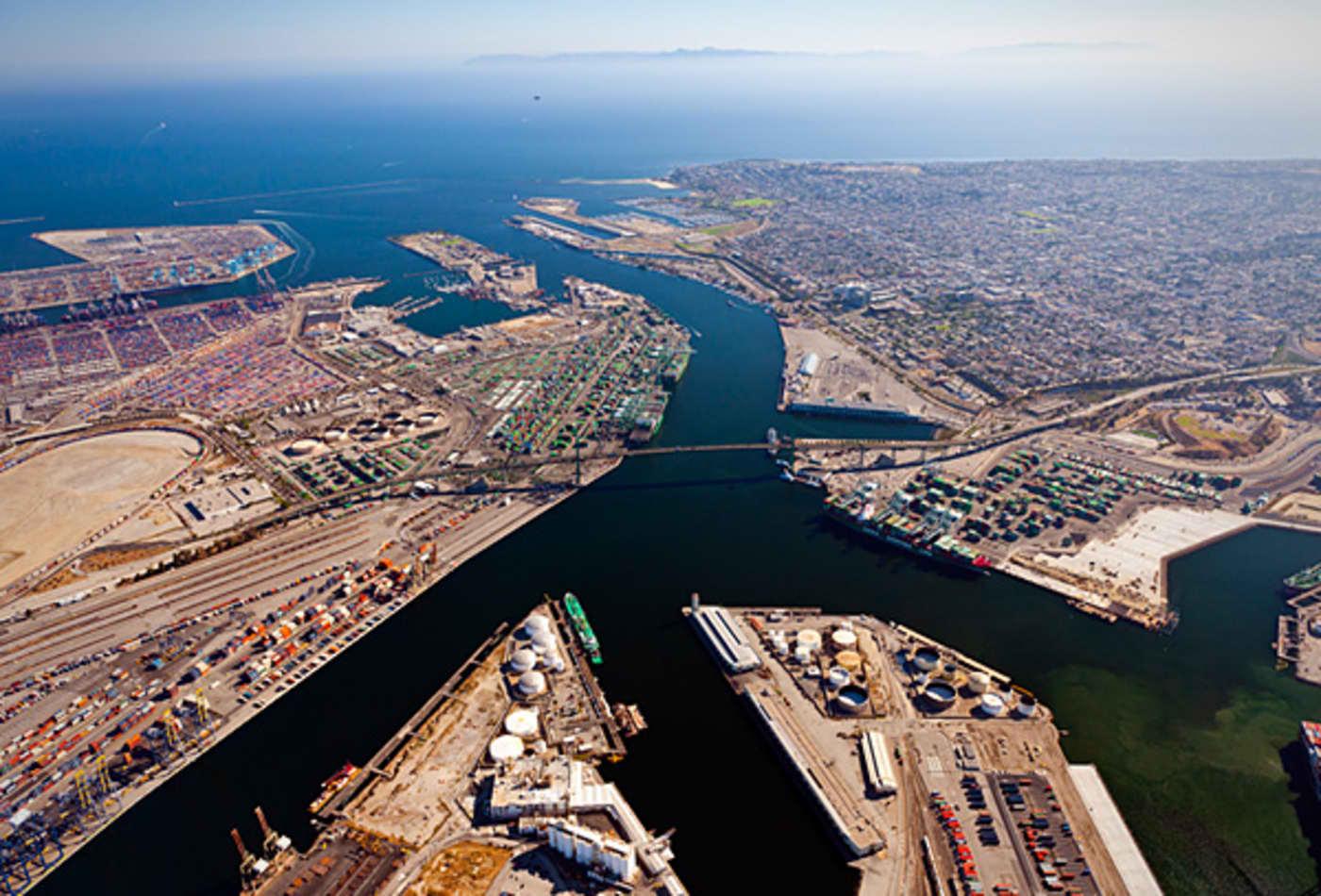 15-Busiest-US-Trade-Hubs-los-angeles.jpg