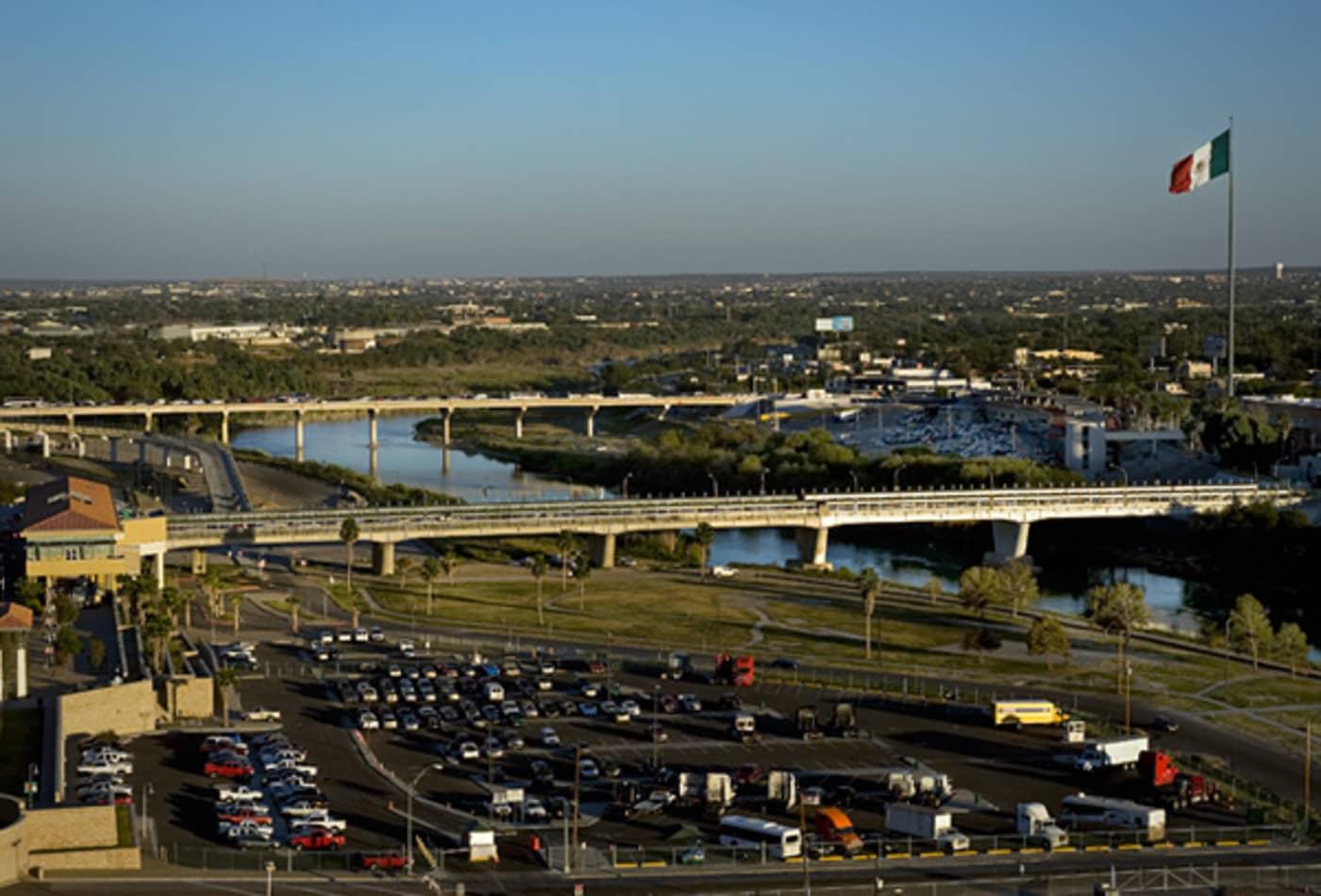 15-Busiest-US-Trade-Hubs-port-of-laredo.jpg