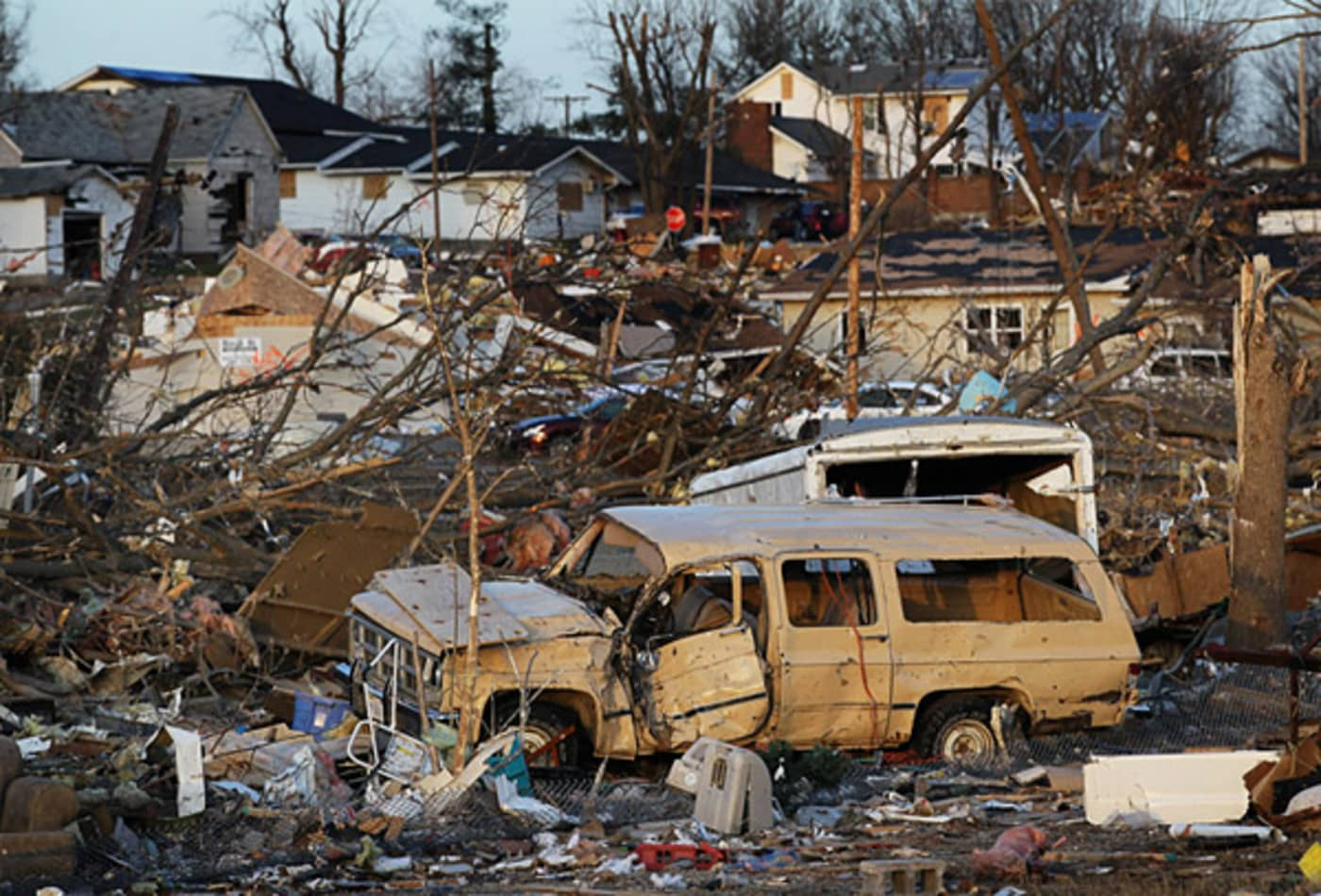scenes-from-the-midwest-tornadoes-vehicle.jpg