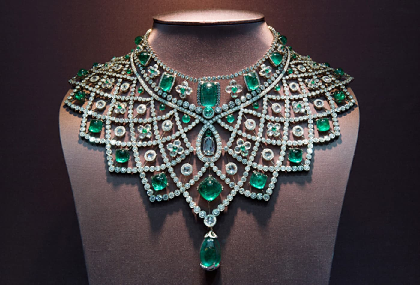 Faberge- Emerald Necklace.jpg