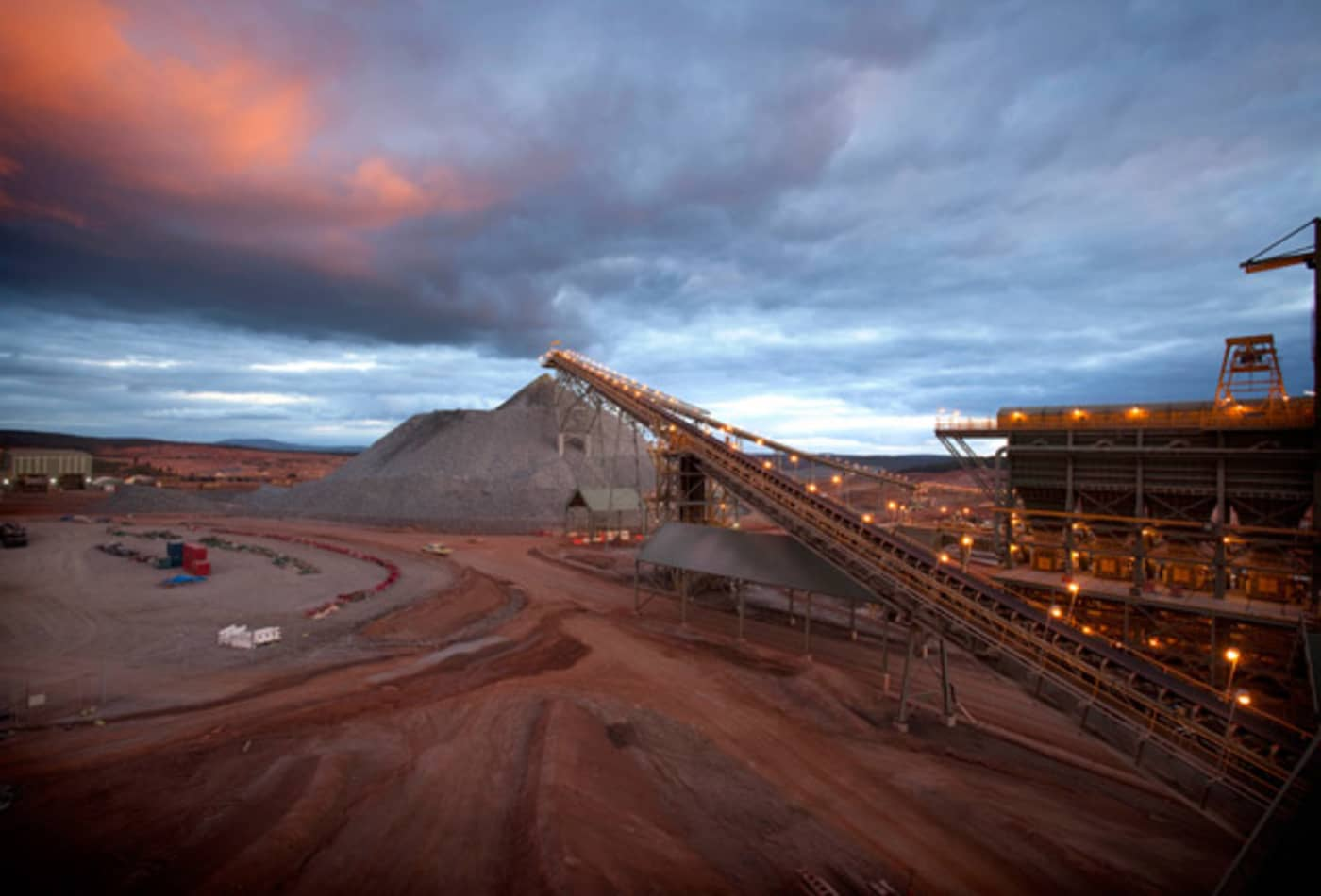 The World's Biggest Gold Mines