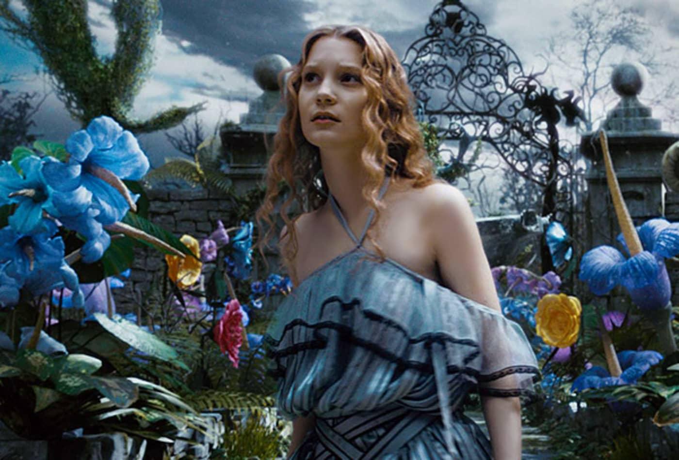 Alice-In-Wonderland-Highest-Grossing-Fantasy-Movies-CNBC.jpg