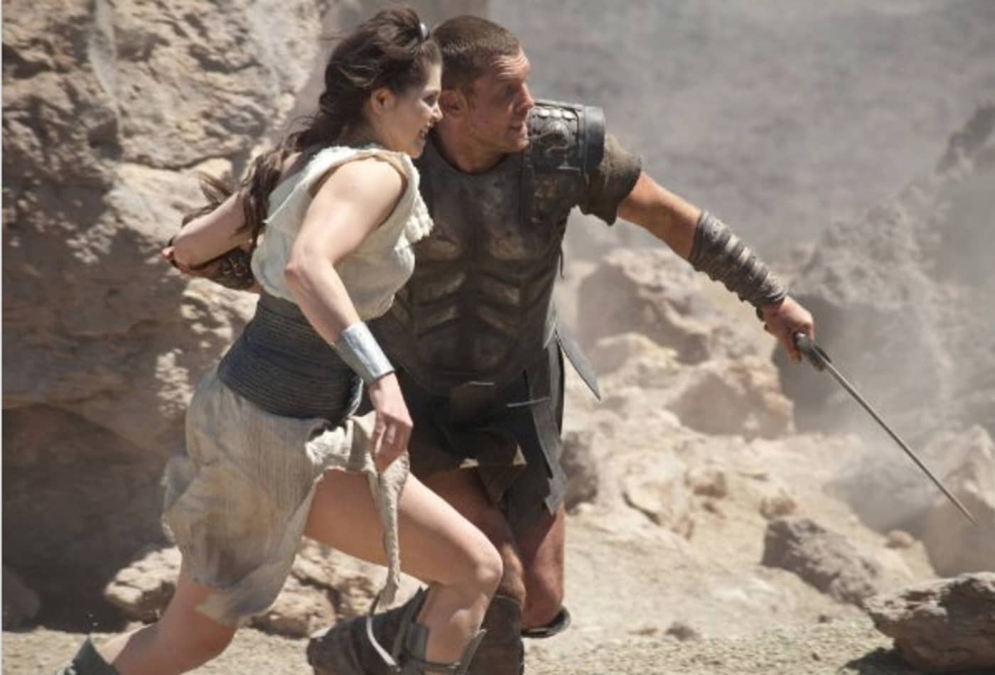 Clash-Of-The-Titans-Highest-Grossing-Fantasy-Movies-CNBC.jpg