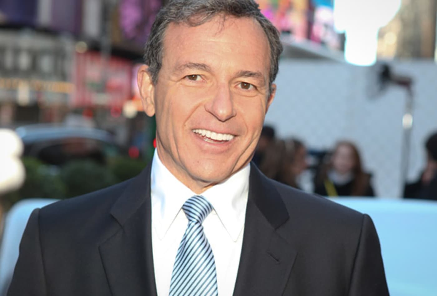 Top-earning-CEOs-of-dow-30-robert-iger.jpg
