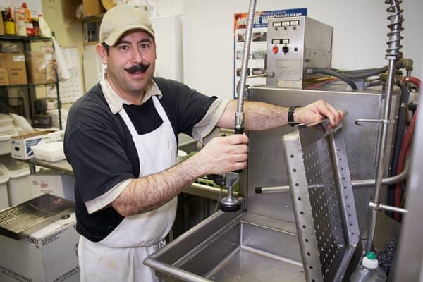 worst-jobs-2012-dishwasher.jpg