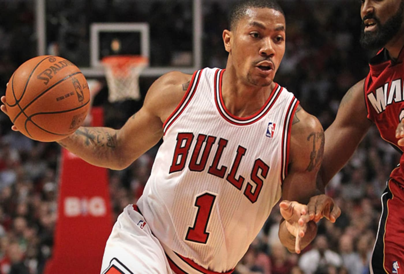 The-NBAS-best-selling-jerseys-derrick-rose.jpg