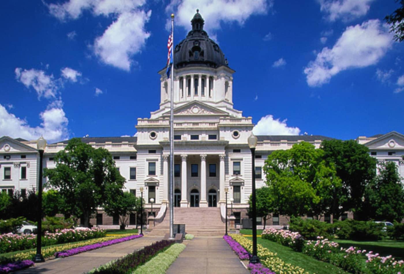 South-Dakota-American-Tax-Havens-CNBC.jpg