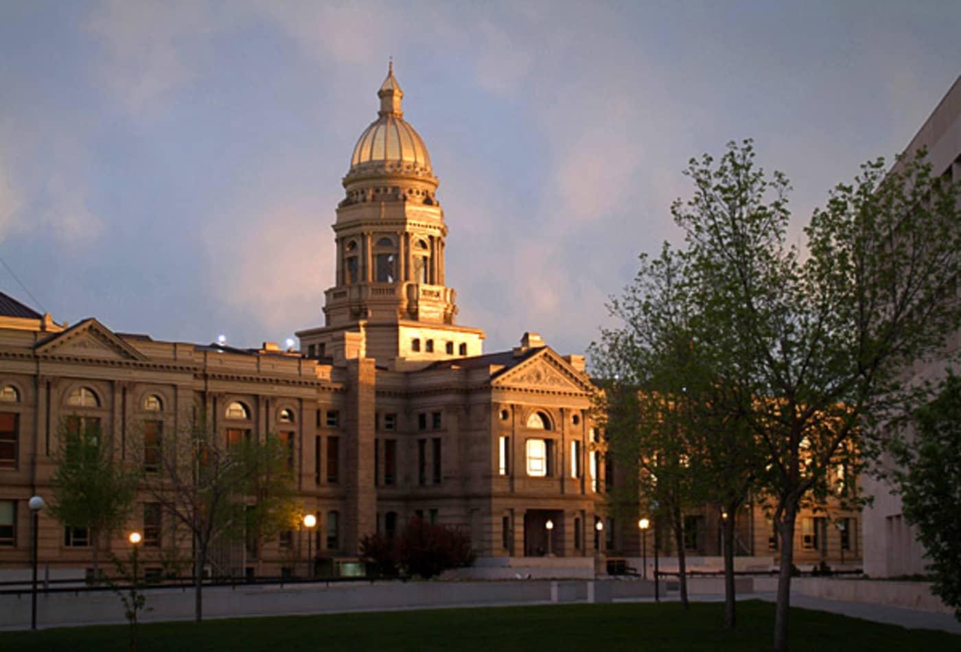 Wyoming-American-Tax-Havens-CNBC.jpg