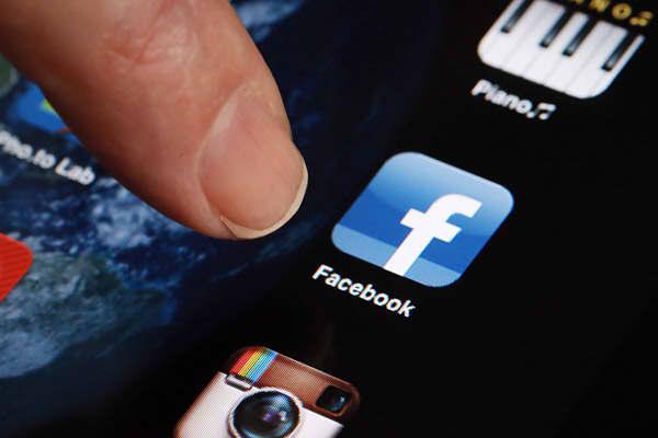 10-biggest-internet-IPO-facebook.jpg