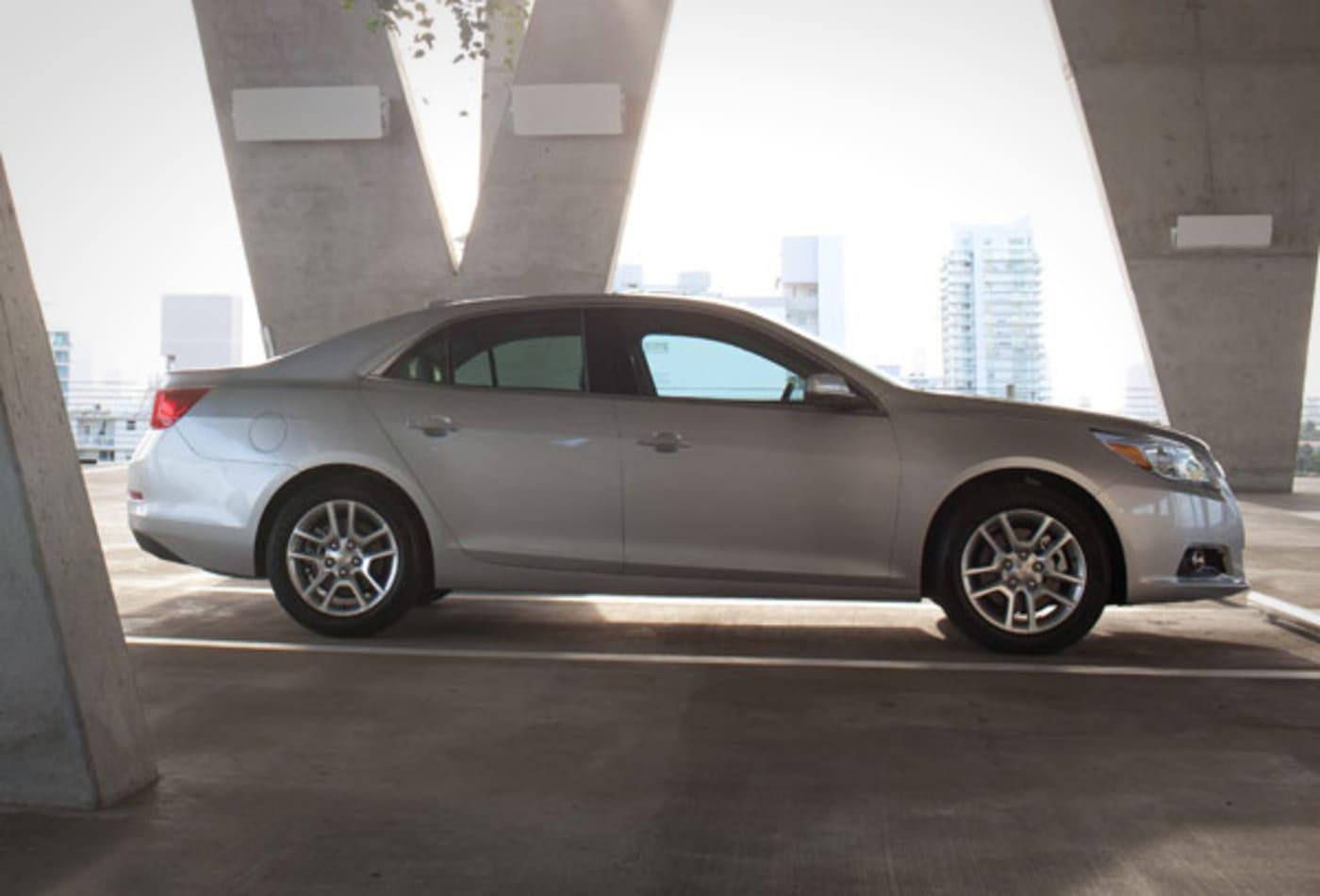 Chevrolet-Malibu-Eco-Best-Cars-Commuting-CNBC.jpg