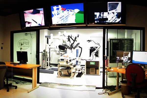 BYB-trends-in-robots-medical-care-slide-4.jpg