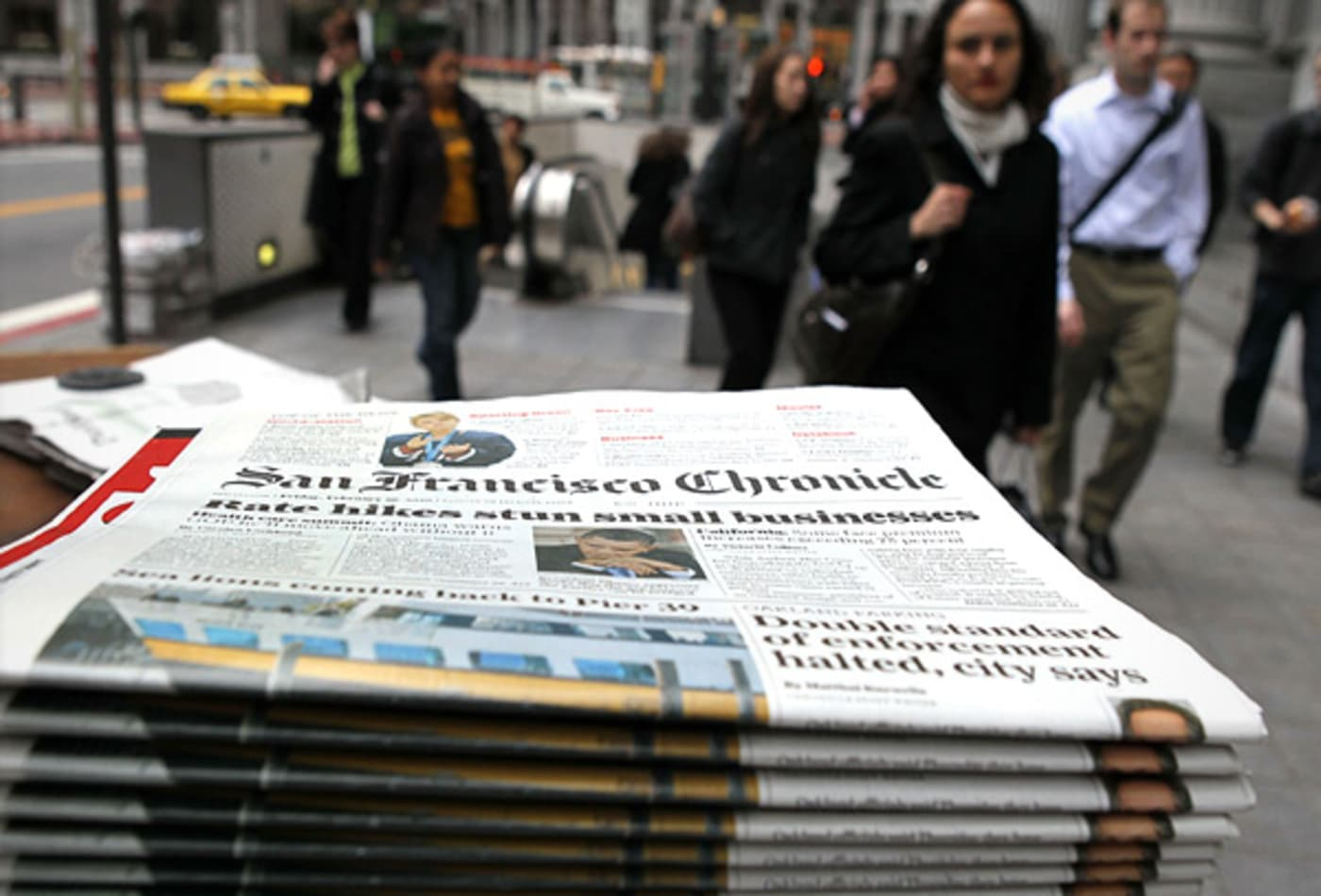 Newspapers-Industries-Hit-Hardest-Recession-CNBC.jpg