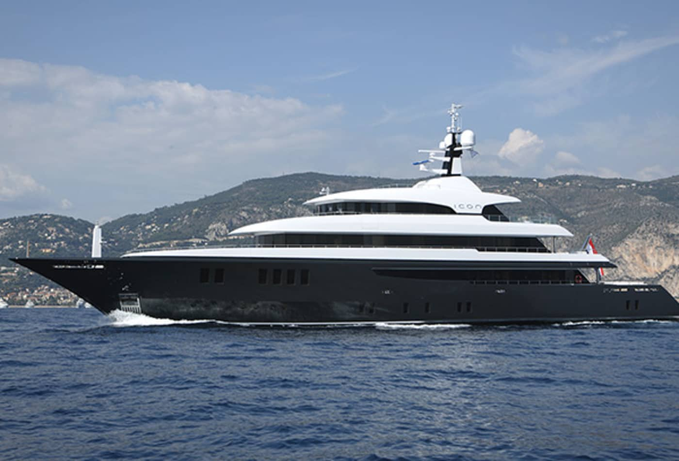 Yachts-at-a-discount-icon-exterior.jpg