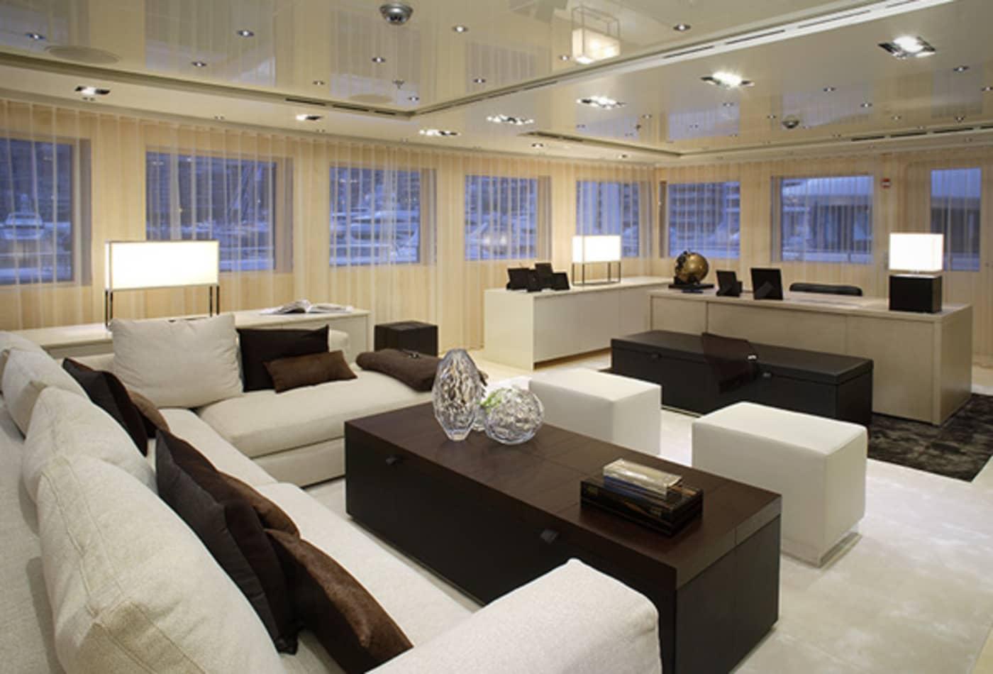Yachts-at-a-discount-icon-interior.jpg