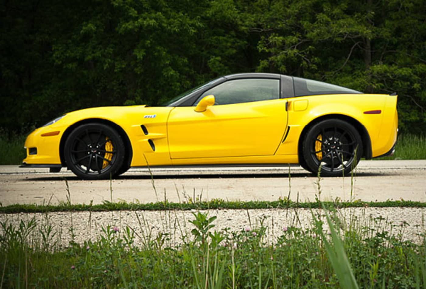 Chevrolet-Corvette-ZR1-10-Fastest-Cars-2013-CNBC.jpg