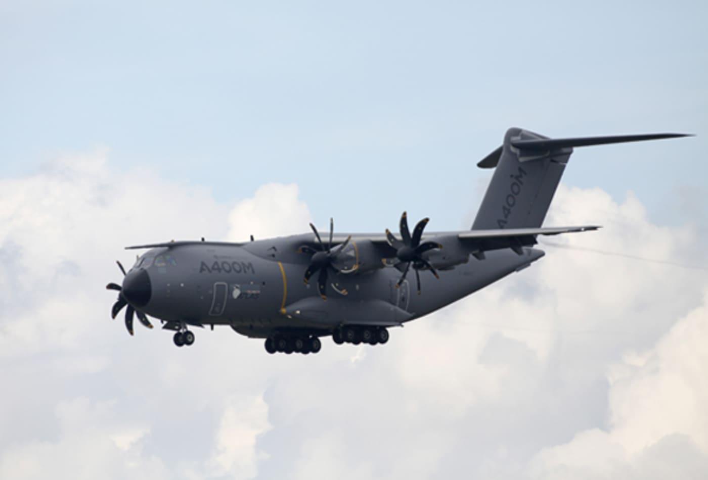 Airbus_Military_A400_Transporter_Farnborough.jpg