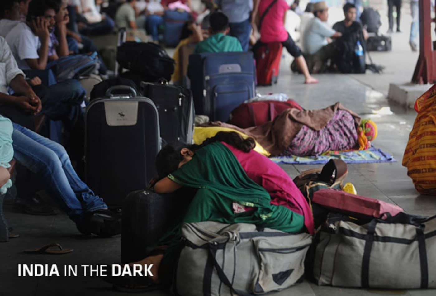 48435032 India-in-the-dark-cover.jpg