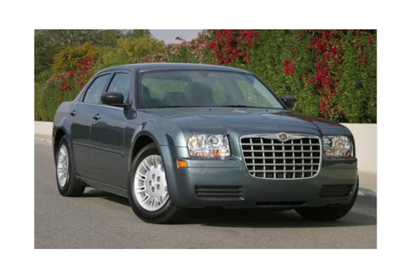 48438686 Chrysler-300-Most-Stolen-Luxury-Cars-CNBC.jpg