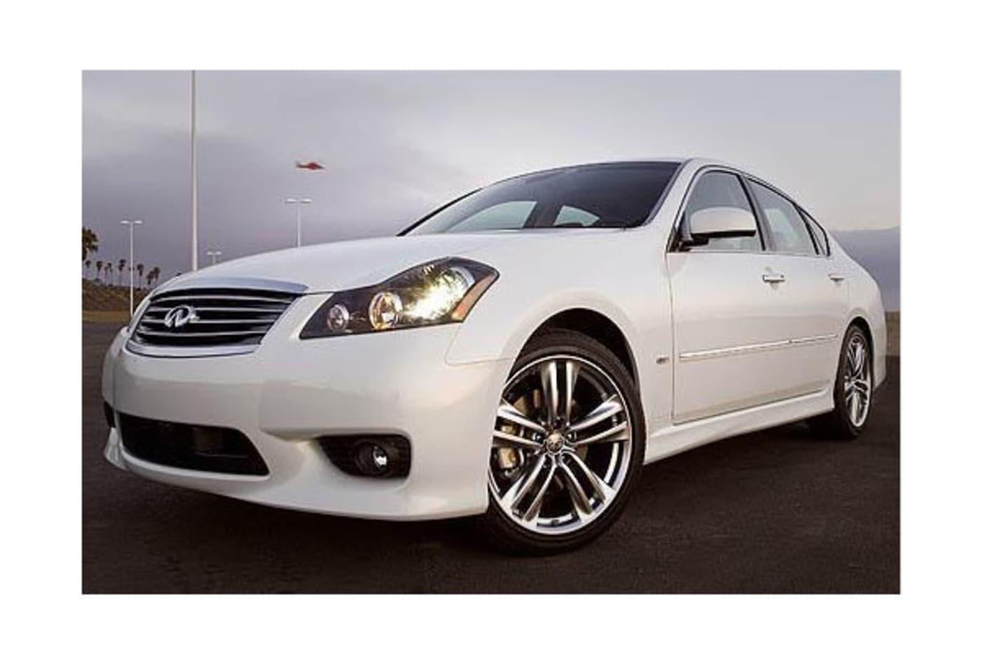 48438691 Infiniti-M45-Most-Stolen-Luxury-Cars-CNBC.jpg