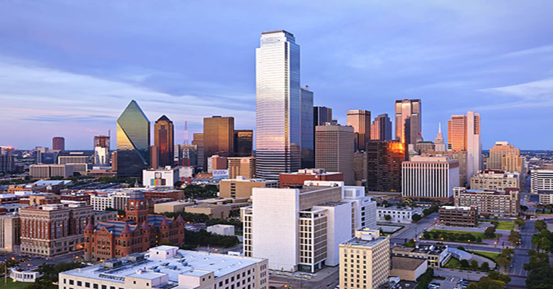 The Lone Star State has seen steady increases in financial sector employment, with a  in such jobs since 2000. One major Texas city that continues to see this type of job growth is Dallas.According to the Bureau of Labor Statistics, Dallas' local financial activities sector added  between April 2011 and 2012. One of the many financial companies operating there is Goldman Sachs, which maintains an office at 100 Crescent Court in Dallas.