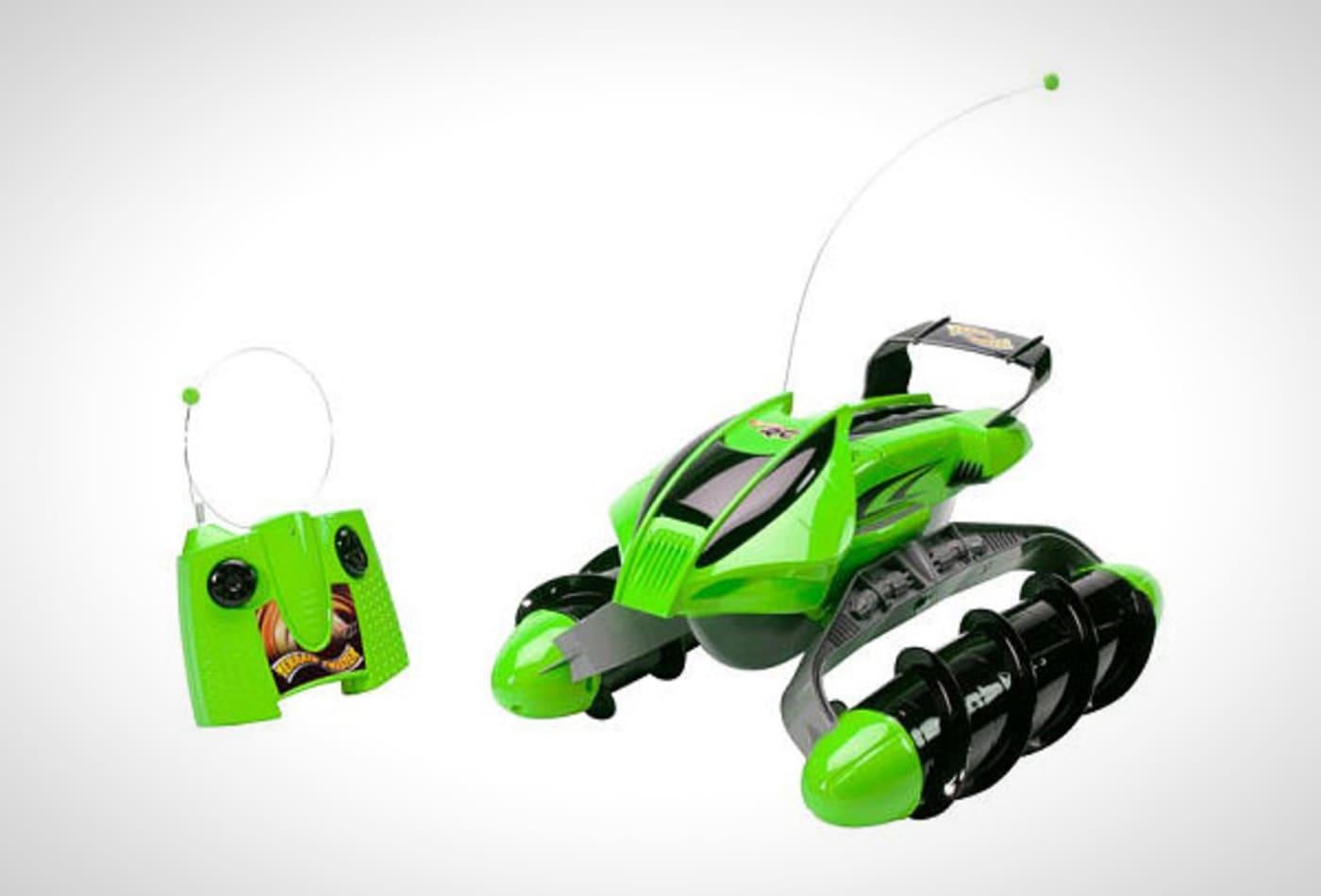 hot-toys-2012-hotwheels-terrain-twister.jpg