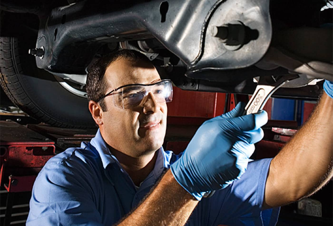 12-underrated-jobs-autoMechanic.jpg