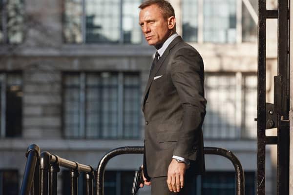James-Bond-Collectibles-dashing-suits.jpg