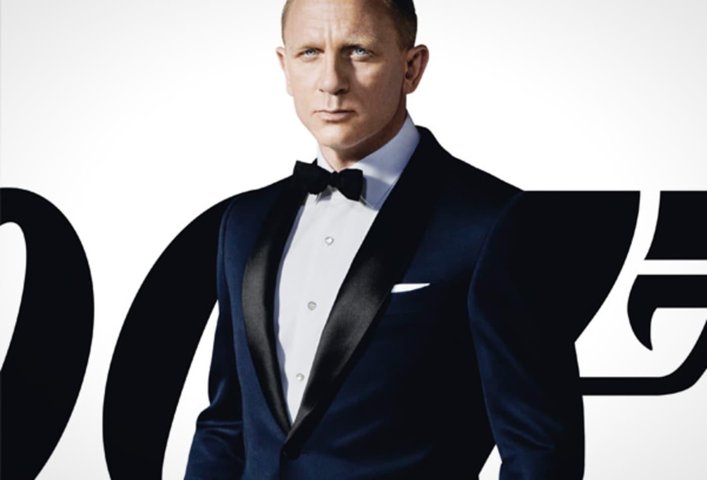 James-Bond-Collectibles-dinner-jacket2.jpg