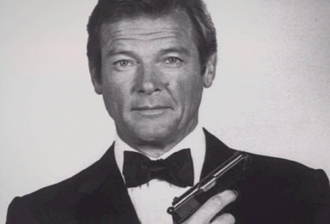 James-Bond-Collectibles-walther-ppk.jpg