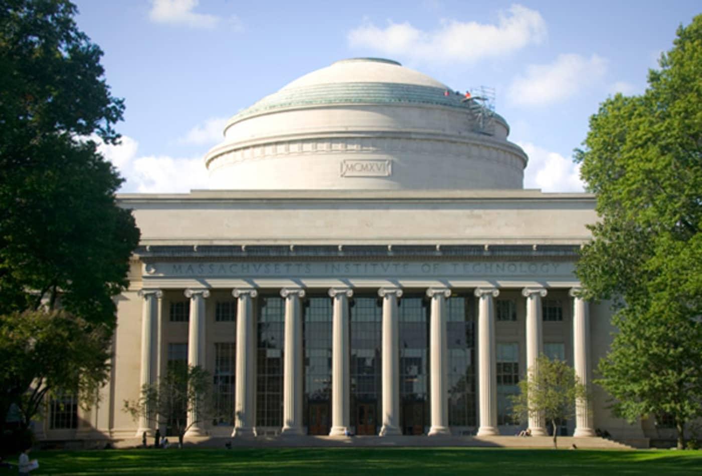 MIT-Colleges-Highest-Paychecks-2012-CNBC.jpg